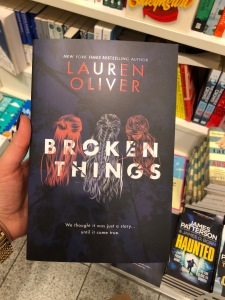 Lauren Oliver Broken Thinks Buch Buchcover