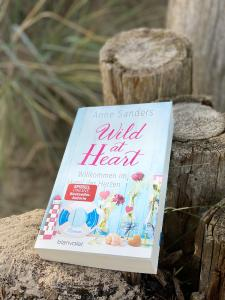 wild at heart-sanders-cover-rezension-the booklettes